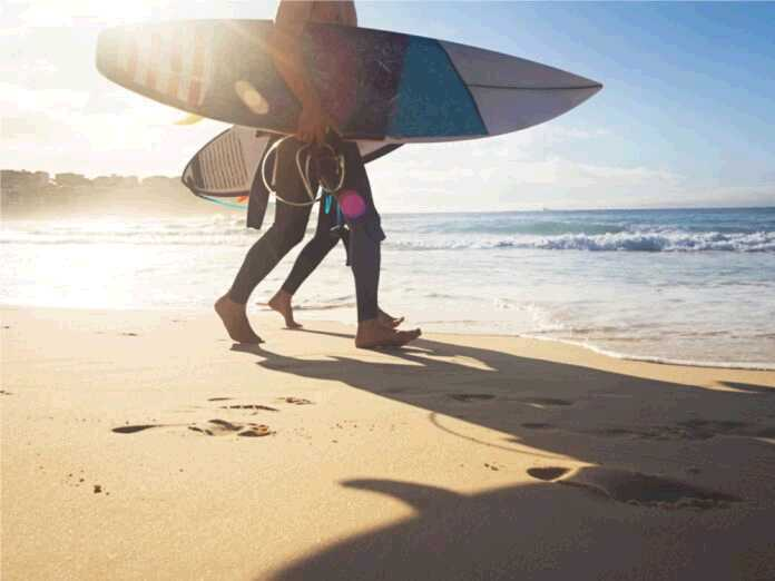 ink between surfers and drug-resistant bacteria