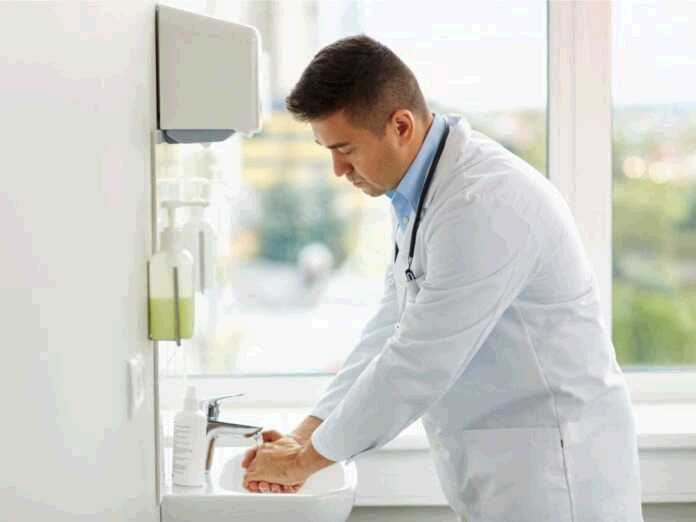 doctors protect themselves from the flu